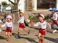 241127南陽幼稚園朝のかけ足開始