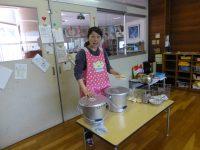 250426南陽幼稚園給食の様子