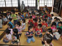 250601南陽幼稚園お寺へお参り