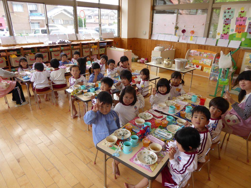 270522南陽幼稚園給食